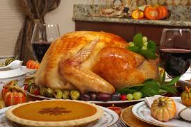 best ways to make hosting thanksgiving dinner easier blue plate