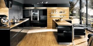 cuisines bois cuisine bois et noir top cuisine