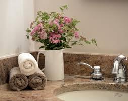 bathroom staging ideas best 25 bathroom staging ideas on pinterest bathroom vanity modern