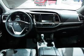 toyota highlander 2016 interior 2017 toyota highlander gets new v6 eight speed auto autoguide