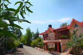 8 br bungalow for large groups by guesthouser panchgani india
