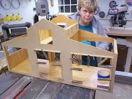Woodworking Plans For Toy Barn by Build This Horse Stable For Your Lil Riders