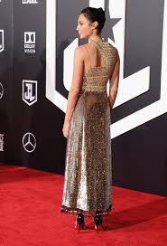 dress gal gal gadot wore a worthy gown to the justice league