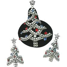 dorothy bauer patriotic christmas tree brooch and earrings from