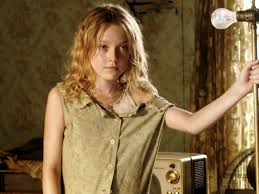dakota fanning 4 wallpapers dakota fanning hound dog hdwallpapers in wallpapers