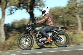 triumph motocross bike 2017 triumph street scrambler first ride test 11 fast facts