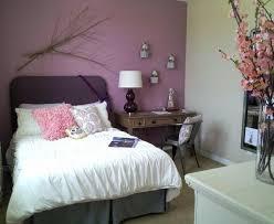 peinture chambre violet chambre ado fille en 65 idées de décoration en couleurs chambre