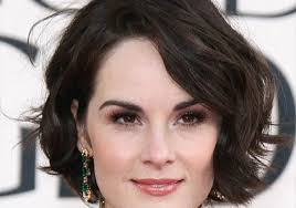 hairstyle square face wavy hair short wavy hairstyles with side bangs for square faces women