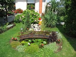 Small Home Garden Ideas Small Simple Home Garden Ideas 42 Hostelgarden Net