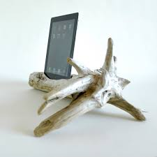 Small Charging Station by 22 Easy Diy Driftwood Docking Stations For Your Devices Style