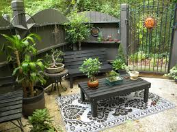 Simple Patio Ideas For Small Backyards Small Patio Ideas Home Design Furniture Decorating Also For Patios