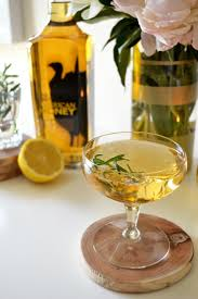 bourbon thanksgiving cocktail honey bourbon fizz 1 oz wild turkey american honey lemon juice
