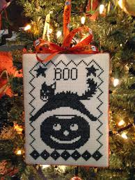 Halloween Ornament Tree by A Symphony Of Stitches Halloween Decorating