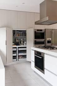 cuisine bi couleur cuisine couleur bordeaux brillant best armoires de cuisine brillant