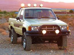 classic toyota truck other 4x4 sr5 22re no rust old classic martymcfly