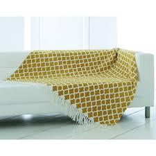plaid beige canapé boutis plaid ou jeté de canapé imprimé becquet miel vue 1