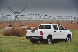 hilux toyota introduces the new 2 4 litre gd6 powered toyota hilux