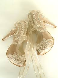 wedding shoes embellished embroidered lace wedding shoes chagne embellished bridal