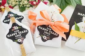 easy wedding favors personalized handkerchiefs easy diy wedding favors