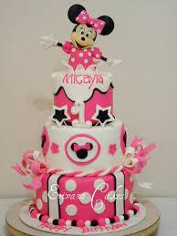 minnie mouse cake minnie mouse birthday cake by erivana cakes