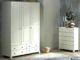 but chambre bébé armoire chambre bebe armoire chambre armoir pour chambre armoire