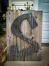 Picture Frames Made From Old Barn Wood Best 25 Old Barn Wood Ideas On Pinterest Barn Board Projects