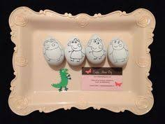 Easter Egg Decorating Pig by Pigs Make Me Sneeze Easter Egg Pigs Pinterest Easter Eggs