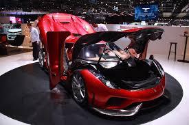 koenigsegg regera top speed supecars bugatti chiron vs koenigsegg regera