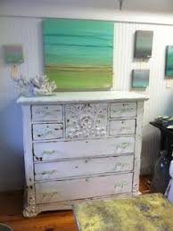 annie sloan chalk paint and saltwash make a winning combo