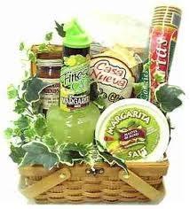 margarita gift basket teki 25 den fazla en iyi margarita gift baskets fikri