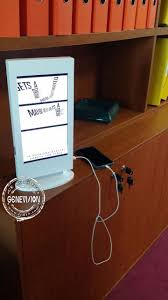 Wall Mounted Cell Phone Charging Station by Best 25 Cell Phone Kiosk Ideas On Pinterest Pop Display Point
