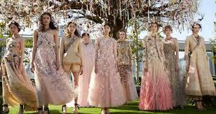 robe mariã e haute couture les 20 incroyables robes haute couture de à tokyo la parisienne