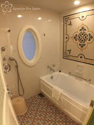 Tinkerbell Bathroom Inside Tokyo Disneyland Hotel U0027s Alice In Wonderland Themed Room