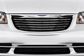 old chrysler grill 2015 chrysler town u0026 country reviews and rating motor trend
