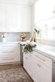 Kitchen Cabinet Door Knob Placement Kitchen Cabinets Door Knobs Snaphaven