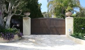 modern high quality wooden driveway gates wooden u0026 metals