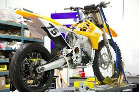 electric motocross bikes a first look at the alta motors all electric motorcycle factory