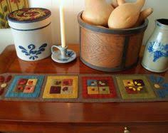 Primitive Table Runners by Wool Applique Pattern