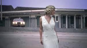 robe de mari e arras robes de mariee pas de calais nord un homme une femme arras