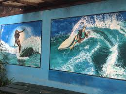 the ultimate guide to byron bay an australian paradise isa this mural was painted on the side of my cabin at the arts factory it