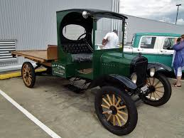 Antique Ford Truck Models - file 1922 ford model t table top truck 6712896055 jpg