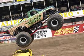 monsters truck videos jam blue thunder monster truck videos color treads youtube
