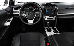 2013 toyota camry se sedan 2013 toyota camry reviews and rating motor trend