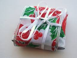 christmas table favors to make christmas ribbon candy party favor think crafts by createforless