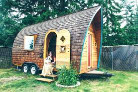 homes on wheels mobile home on wheels tiny house is a luxurious friendly dream on