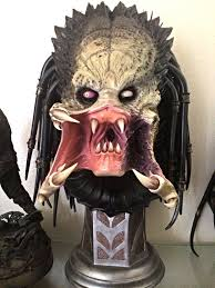 halloween busts statue wolf predator legendary scale bust archive sideshow freaks
