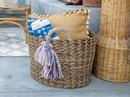 how to make diy yarn tassels hgtv