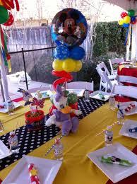 Centerpieces Birthday Tables Ideas by 37 Adorable Mickey Mouse Birthday Party Ideas