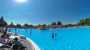 360 video pool at camping bella italia suncamp holidays youtube