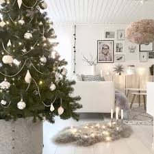 22 ways to add scandinavian style to your holiday decor
